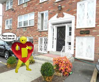 DSCN2331.JPG, 161 Lincoln Avenue