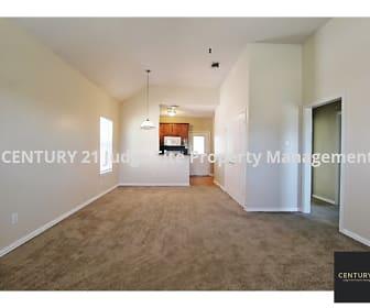 Nice Open Floor Plan, 2811 Wayside Avenue