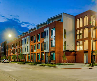 District at 6th Apartments, East Village, Des Moines, IA