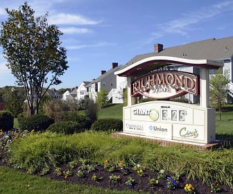 Apartments at Richmond Square, East Hempfield, PA
