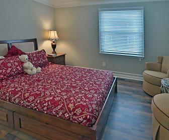 Bedroom, Brickettwood Glyn