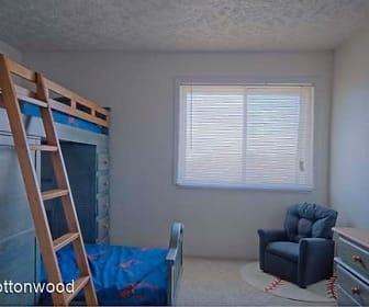 Cottonwood Apartments, Council Bluffs, IA