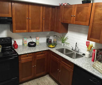 Kitchen, The Grove at Pinemont