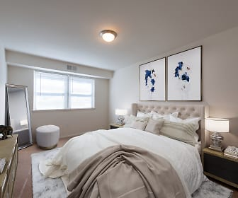 bedroom featuring natural light and TV, Middletown Valley