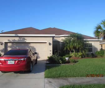 2755 Suncoast Lakes Blvd., 33980, FL