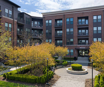 Apartments at the Yard: Brooks, Grandview Heights, OH