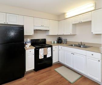 Kitchen, Greenway Apartments