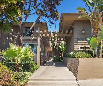 Elan Baylofts, Pacific Beach, CA