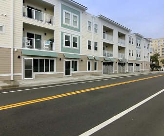 Surfside Apartments, Palm Valley, FL