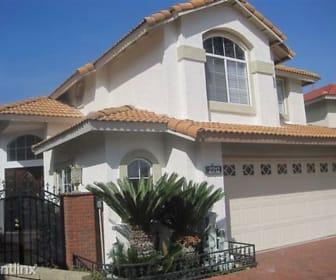 Front House, 2212 Park Vista Ln.