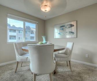 Regatta Apartments, North Hill, Des Moines, WA