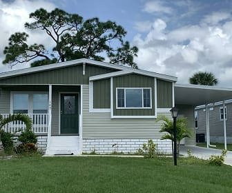 1405 82nd Avenue, Site #145, Florida Ridge, FL