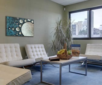 Living Room, The Soundview at Savin Rock