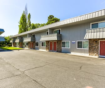 Arrowsmith Apartments, West Longview, WA