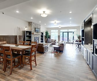 Leasing Office, Lake Ridge Apartments