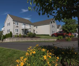Hillcroft Village, 06811, CT