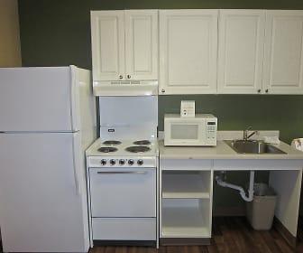 Kitchen, Furnished Studio - Fayetteville - Cross Creek Mall