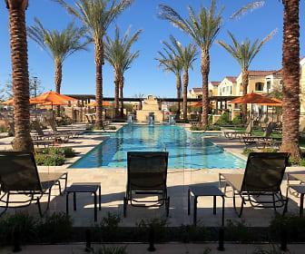 Pool, Bella Victoria
