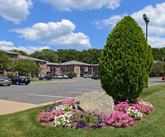Stonebridge Apartments, Norwood, MA