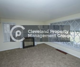 20104 Shakerwood Rd, Warrensville Heights, OH