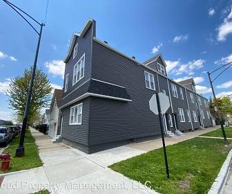Building, 3300 W Pershing Rd