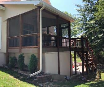 7800 NW Lynns Ln, Northland, Kansas City, MO