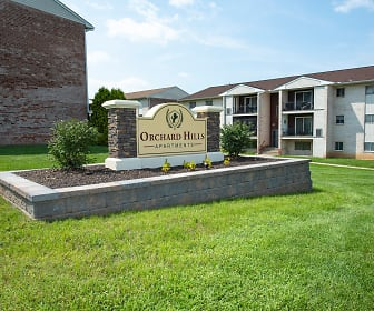 Community Signage, Orchard Hills Apartments