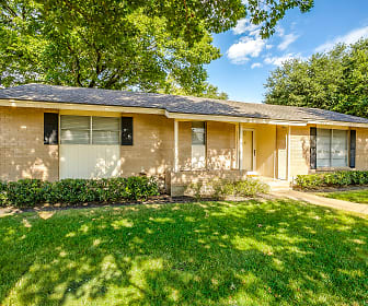 2621 Meandering Way, Plano, TX