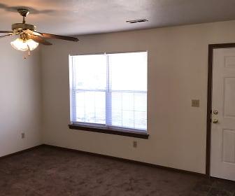 Living Room, 213 Aaron Ln
