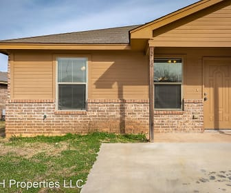 200 Walnut Bend Dr, Springtown, TX
