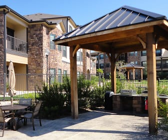Hudson Trails Apartment Homes, Bryan, TX