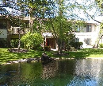 The Ponds on Plum Grove, 60172, IL