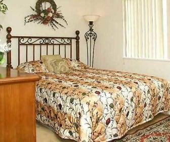 Bedroom, Brookside Oval/Brookside Way