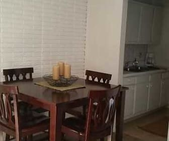 Dining Room, Cambridge Townhomes