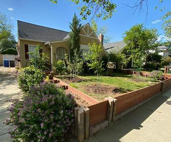 2540 27th Street, South Land Park, Sacramento, CA