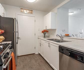 Kitchen, Arbor Club Apartments