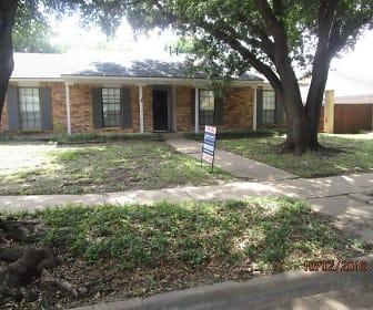 5016 Brandenburg Lane, Griffin Middle School, The Colony, TX