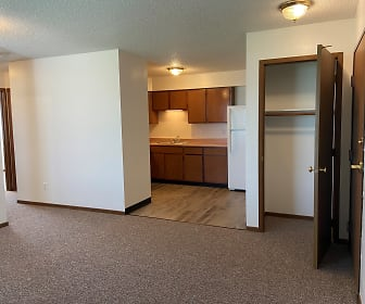 Indianola Park Apartments, Knoxville, IA