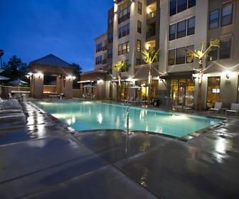 LINQ Midtown, Elmhurst, Sacramento, CA