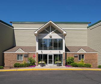 Pheasant Park Apartments, Meadow Lake Elementary School, New Hope, MN