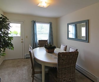Dining Room, Mansfield Village Apartments