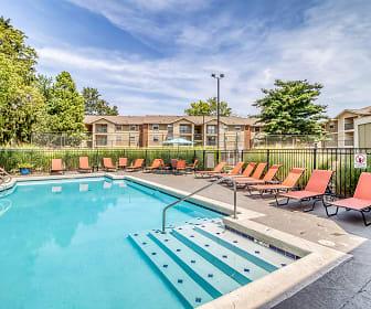 Pool, Cypress Pointe