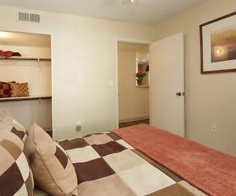Large Bedroom with Closet, San Mateo