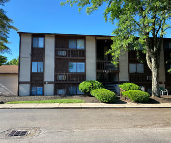 Eagle Crest Apartments, Oxford, OH