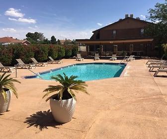 Pool, San Marin