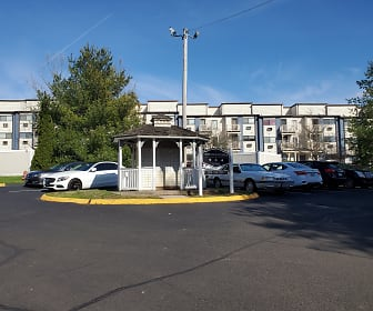 Silvertree Apartments, Meriden, CT