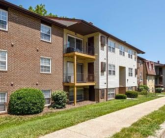 Building, Lantern Hill Apartments