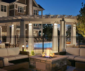 Reserve at Glenview, The Glen, Glenview, IL