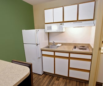 Furnished Studio - Richmond - West End - I-64, Glen Allen, VA