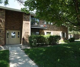 Cranberry Apartments, Lance Middle School, Kenosha, WI